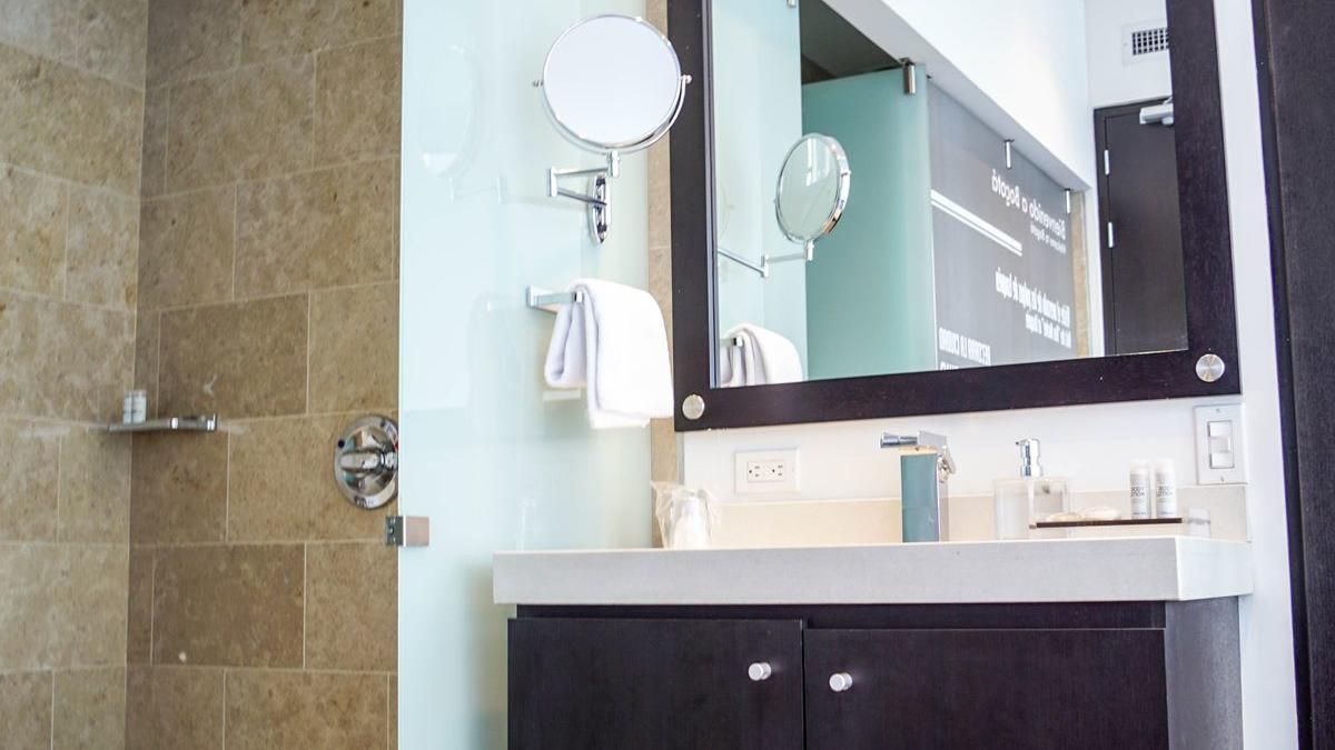 Baño habitación Twin Hotel TRYP Usaquén