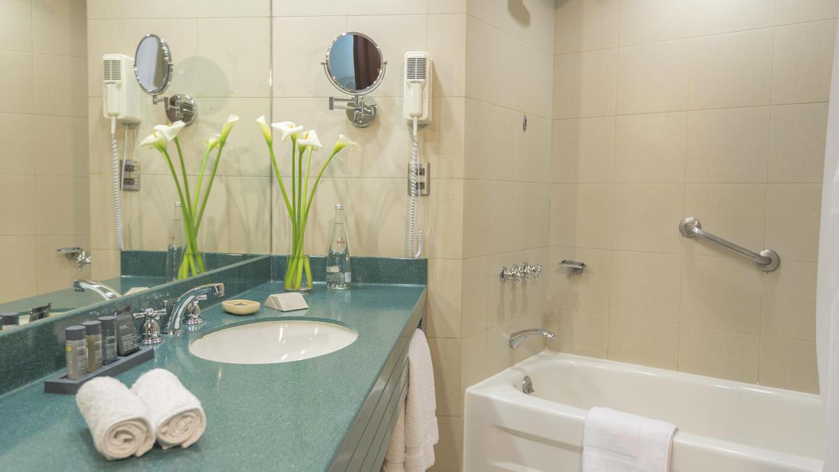 Superior room | bathroom