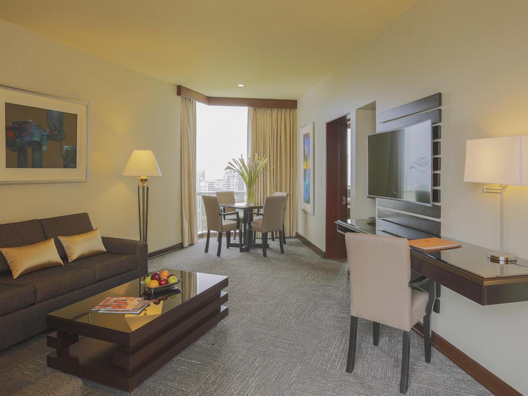 Senior Suite room -general view