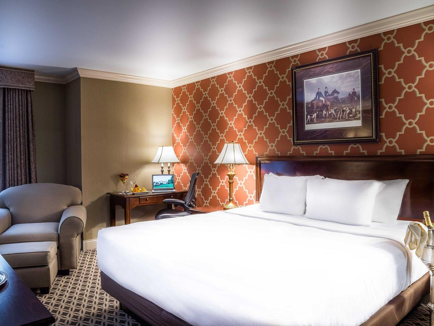 King-sized bed in Junior Suite room