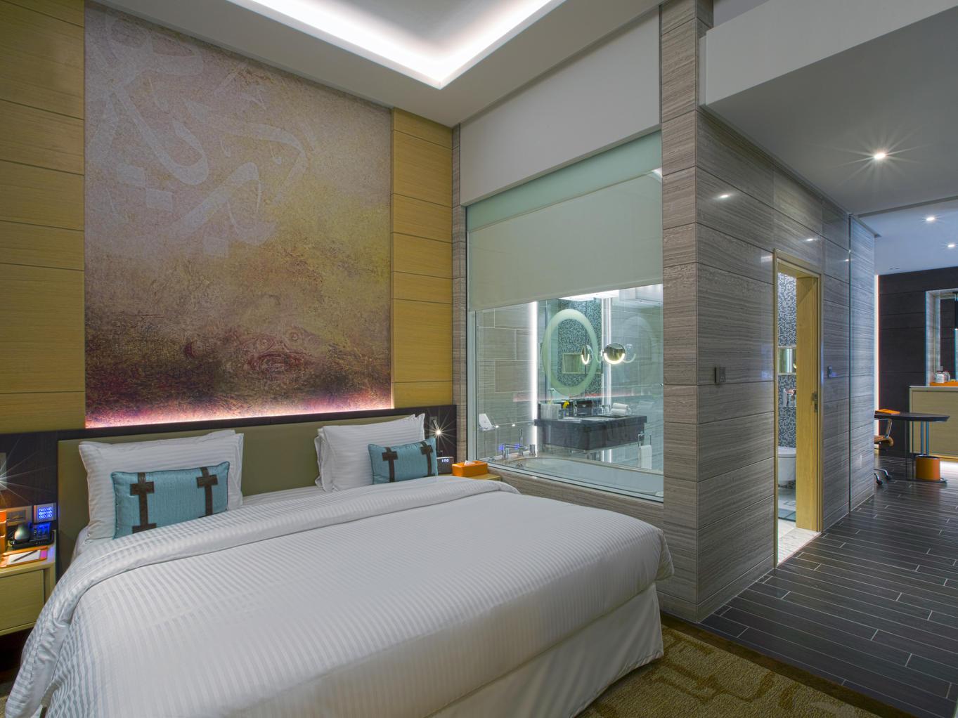 Signature Room at Grayton Hotel Dubai