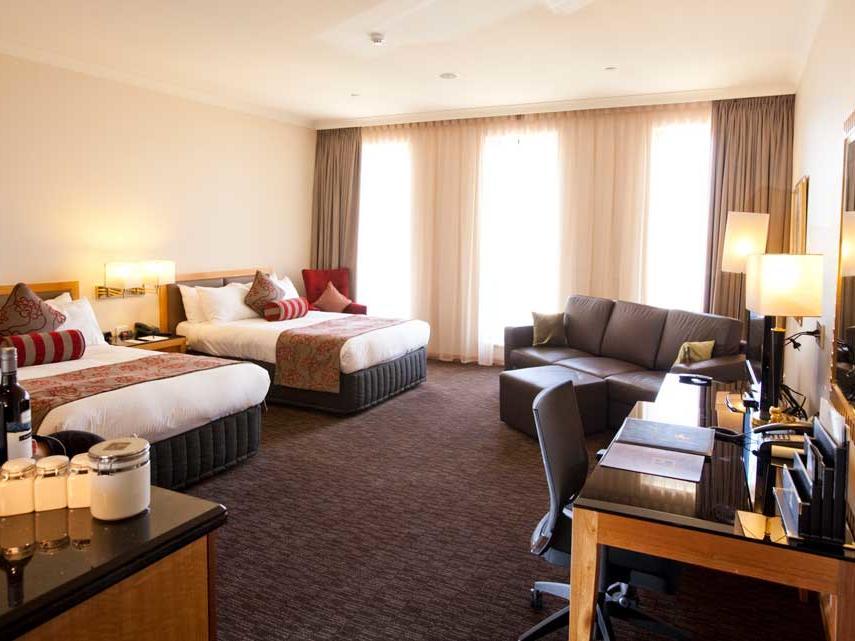 Cclub Twin Room  in Duxton Hotel Perth