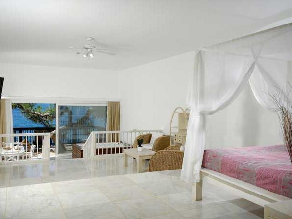 Junior Suite at Sarpedor Boutique Beach Hotel in Bodrum, Turkey