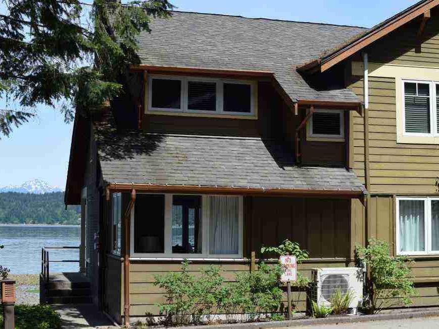 Waterfront Deluxe Cottage at Alderbrook Resort & Spa
