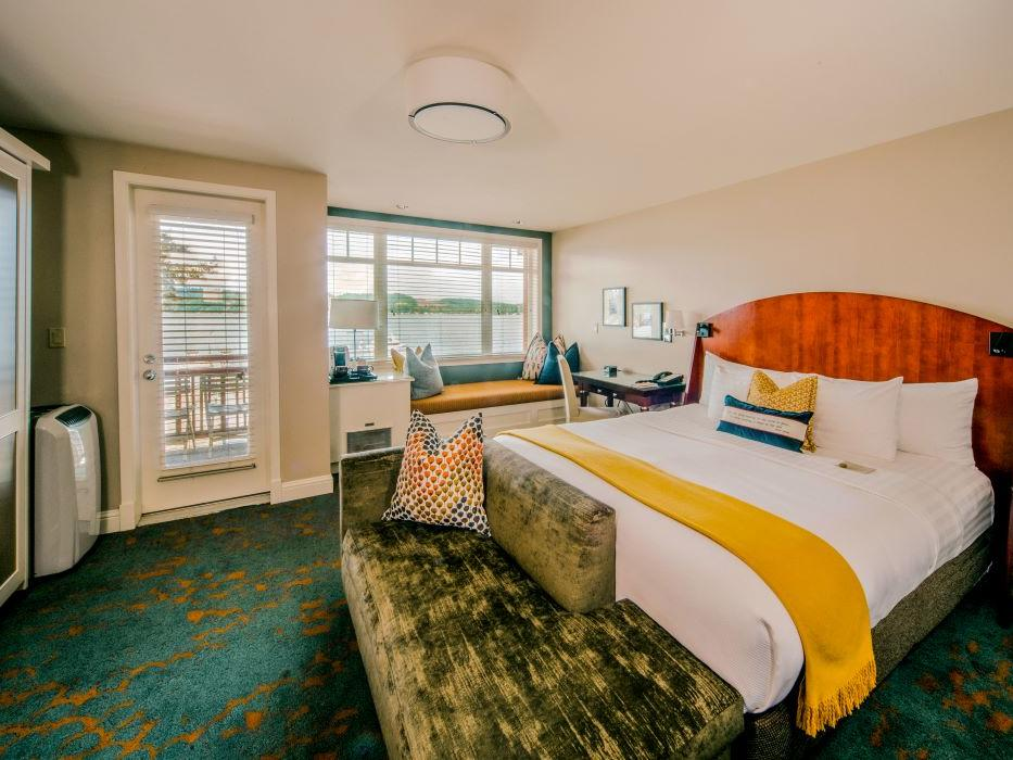 Waterfront King Room at Alderbrook Resort & Spa