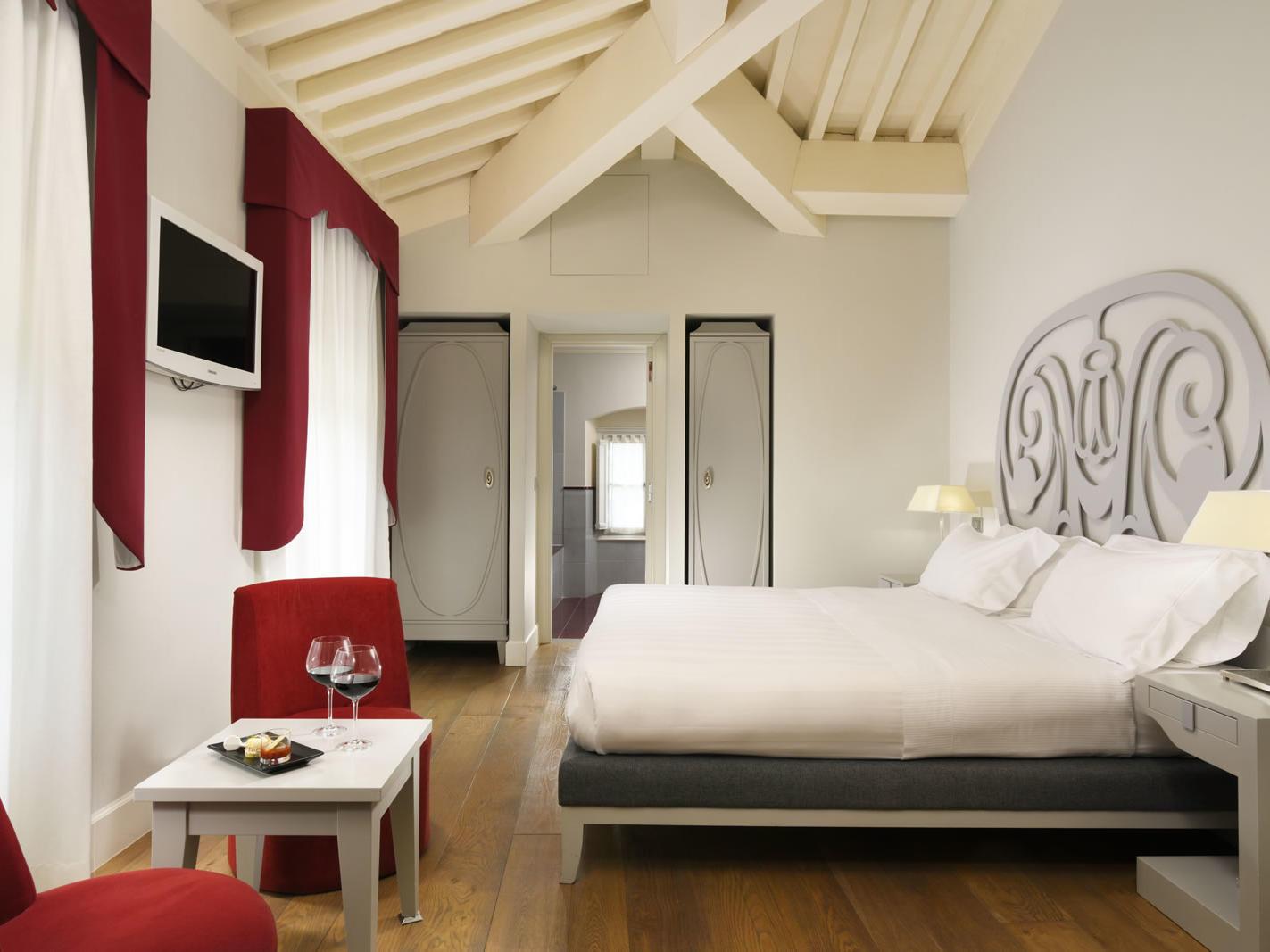 Superior Room Chini Pavilion | Villa Le Maschere