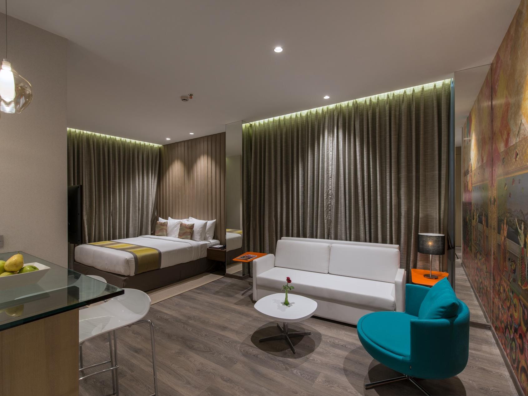 Deluxe Studio Room