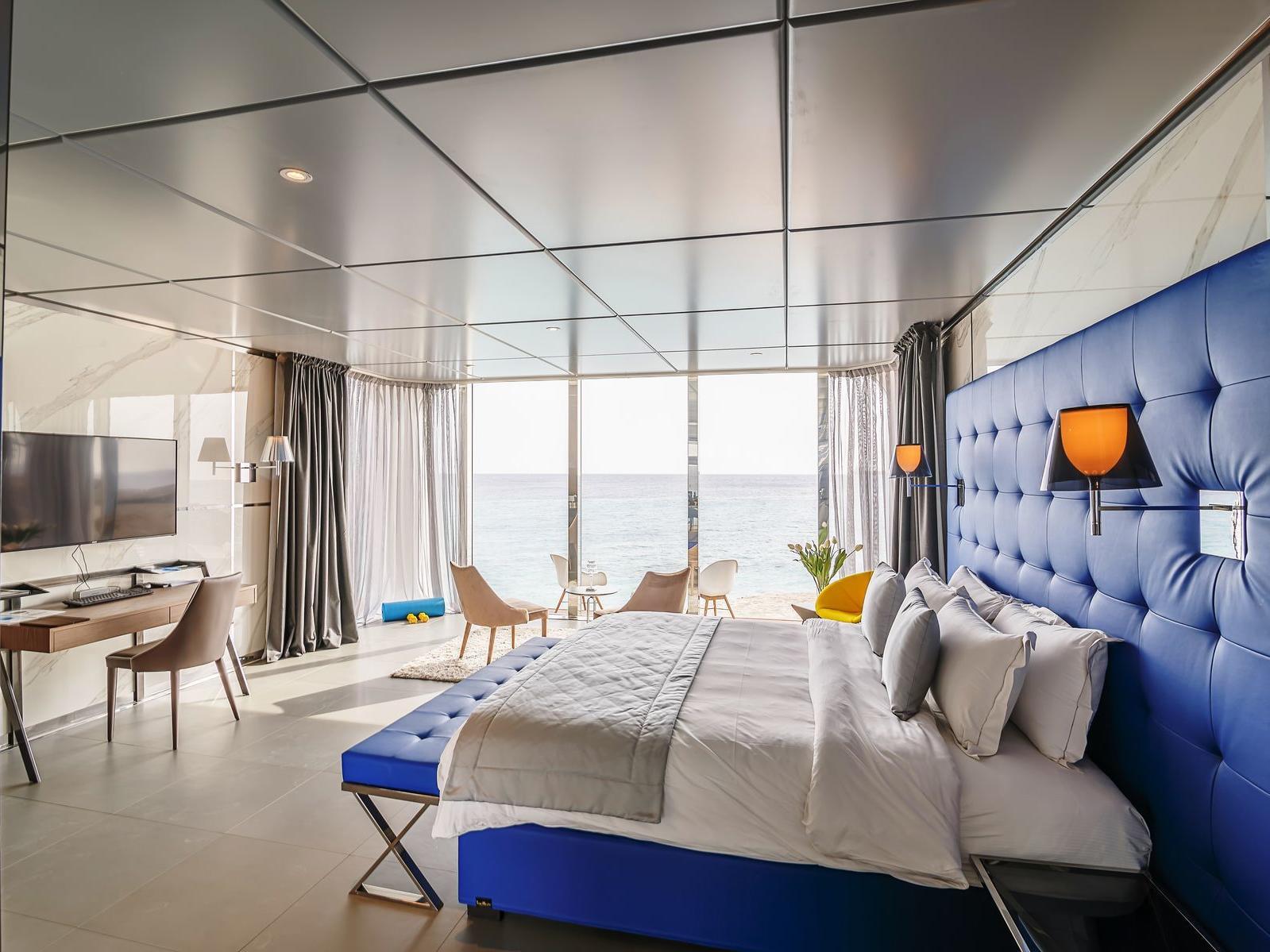 Ocean Front Premium Suite