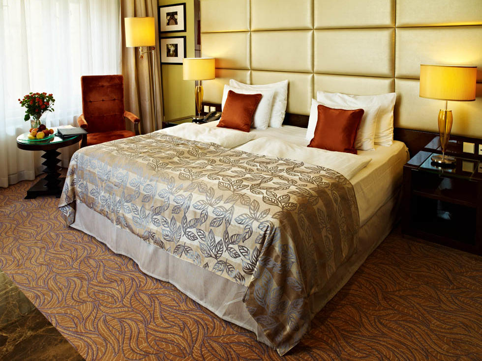 Deluxe Room at Hotel KINGS COURT in Prague