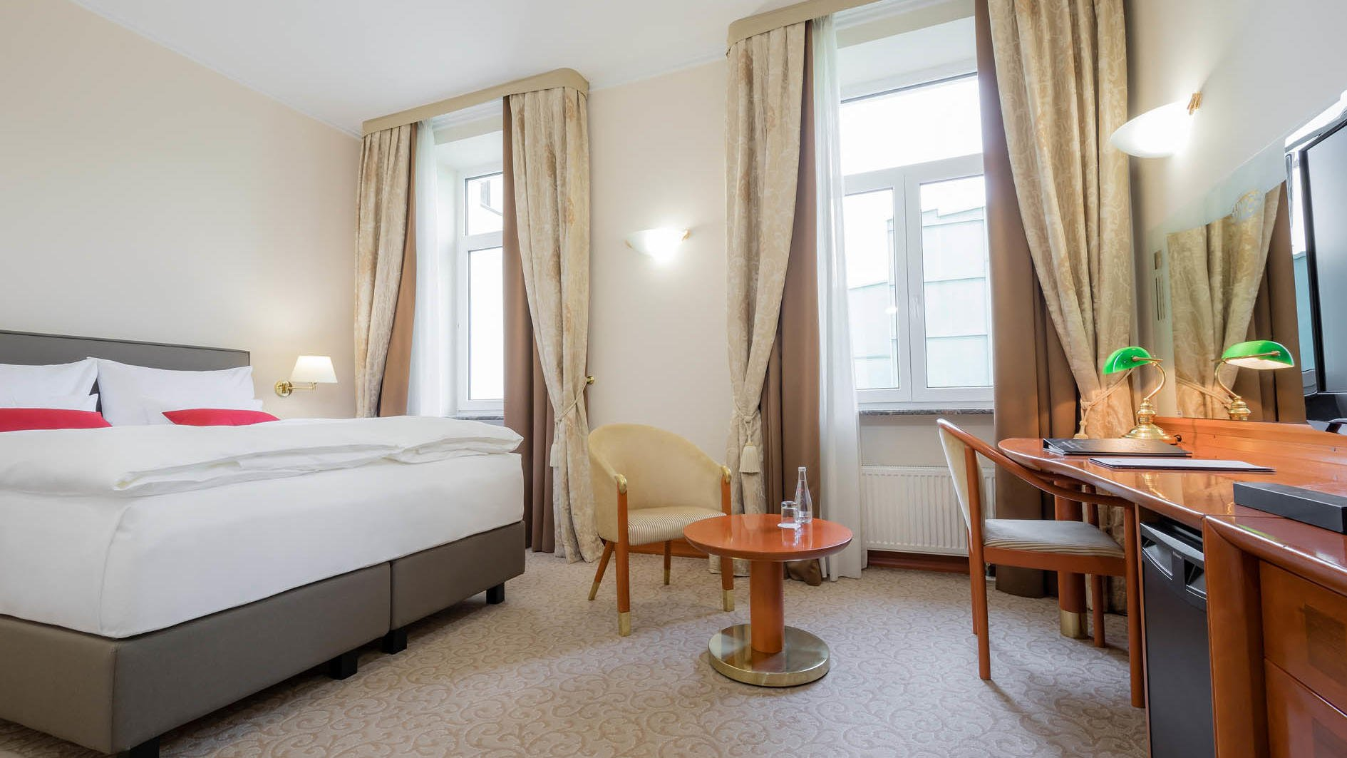Comfort Queen Room at Union Hotels Collection in Ljubljana