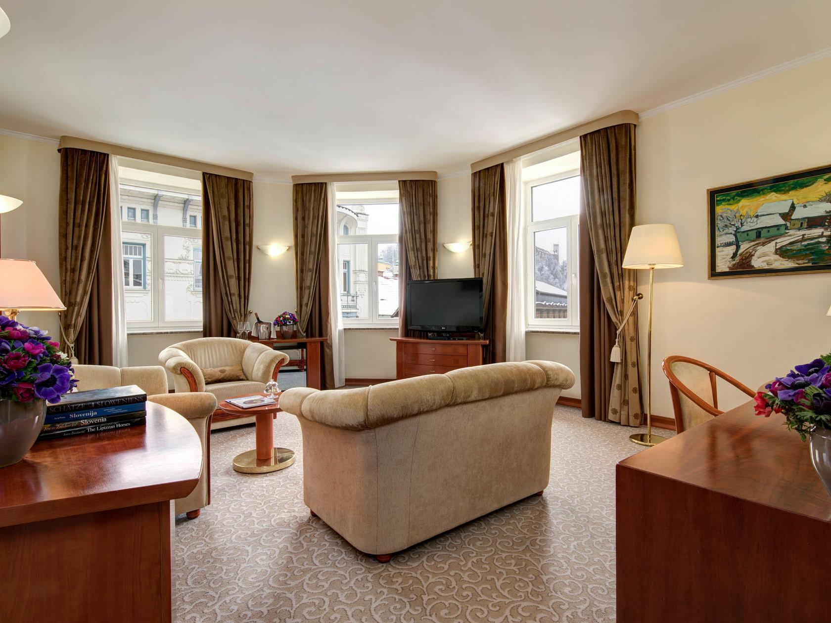 Presidential Suite at Grand Hotel Union in Ljubljana