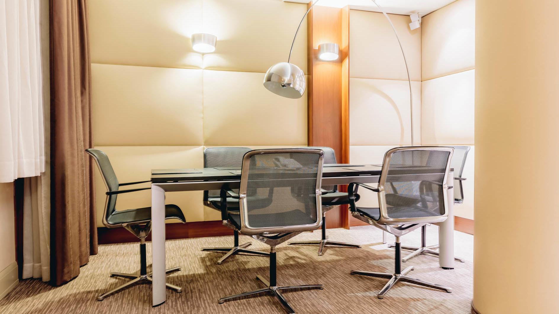 Premier One Bedroom Suite in uHotel in Ljubljana