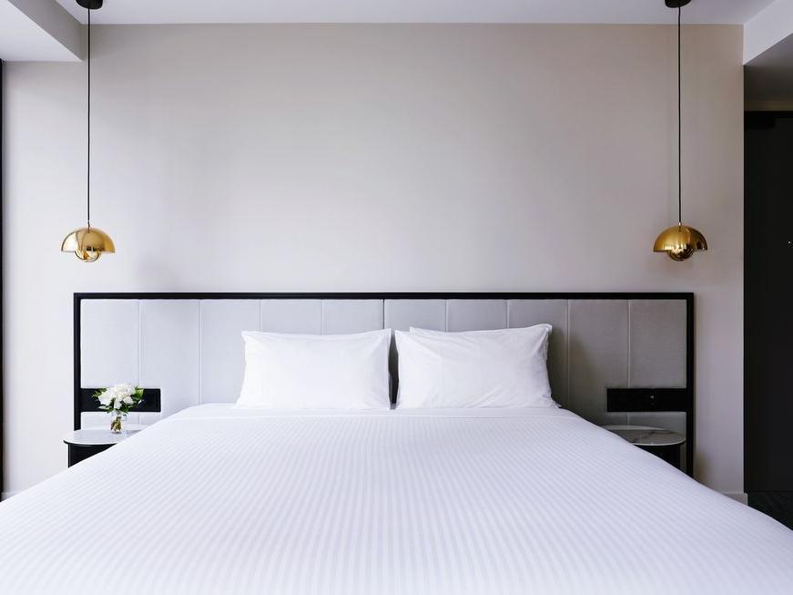 King bed at Brady Hotels Jones Lane