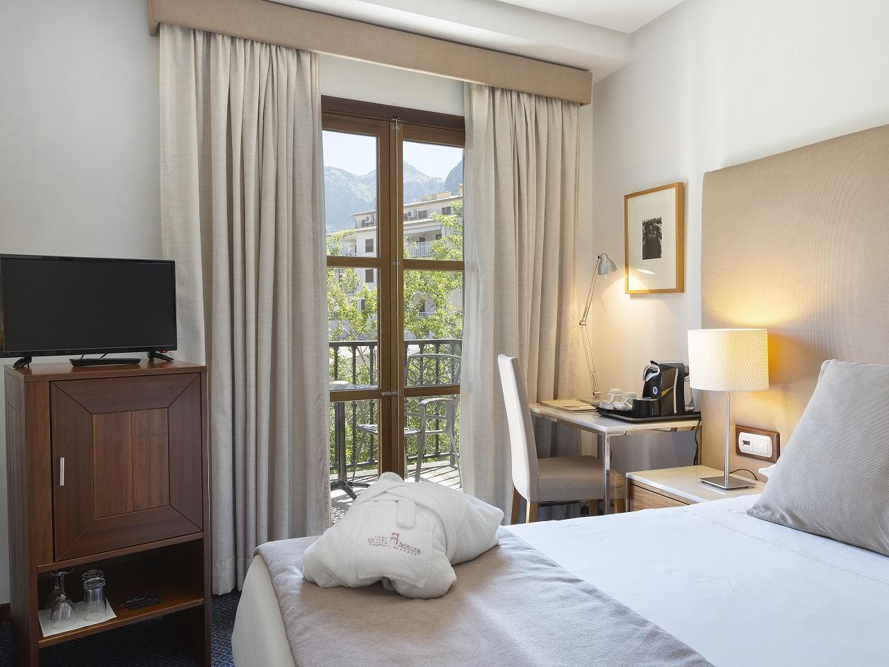 Individual room at Gran Hotel Sóller in Sóller, Majorca