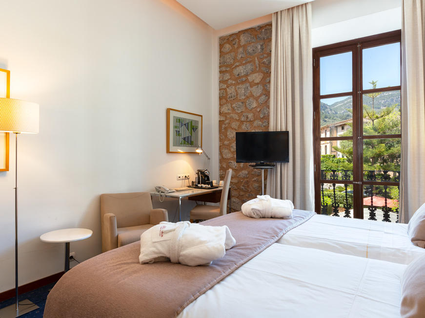 Superior double room at Gran Hotel Sóller in Sóller, Majorca