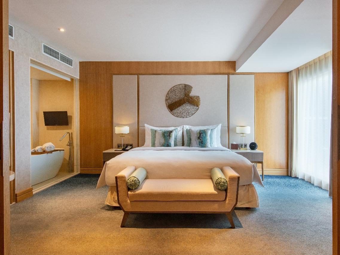 Bedroom of Glacier Suite
