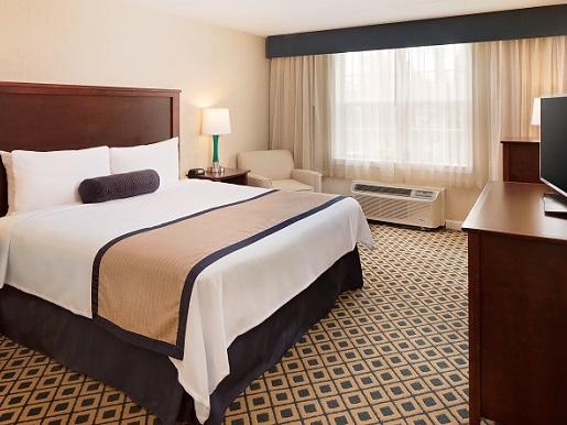 Superior King Room with one bed at Westford Regency