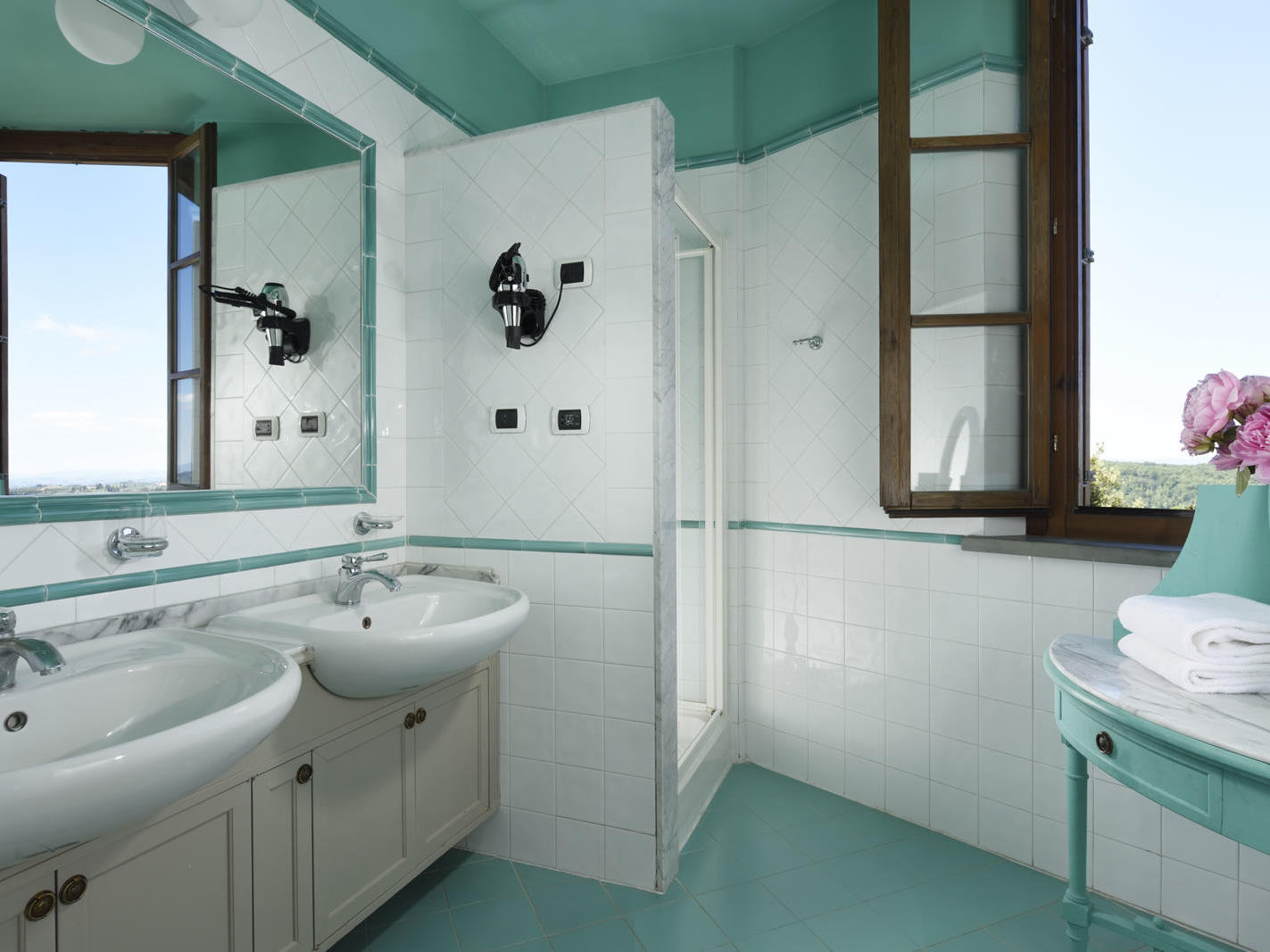 Suite Bathroom | Palazzo Mannaioni Toscana