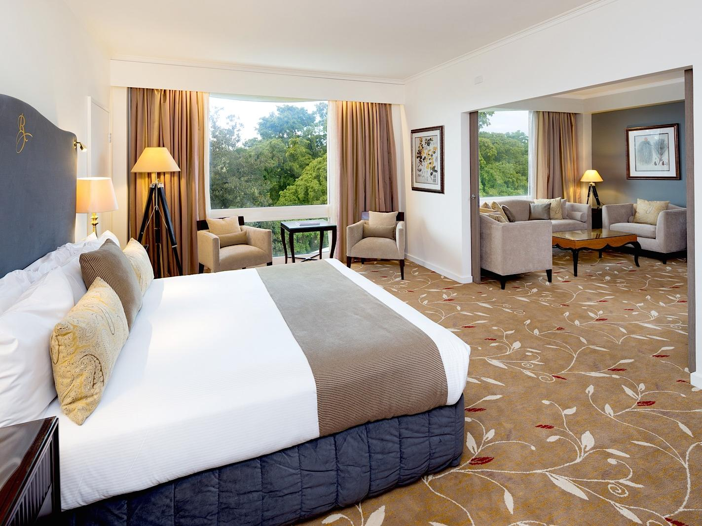Junior Suite with one king bed and a beautiful view at Royal on the Park hotel