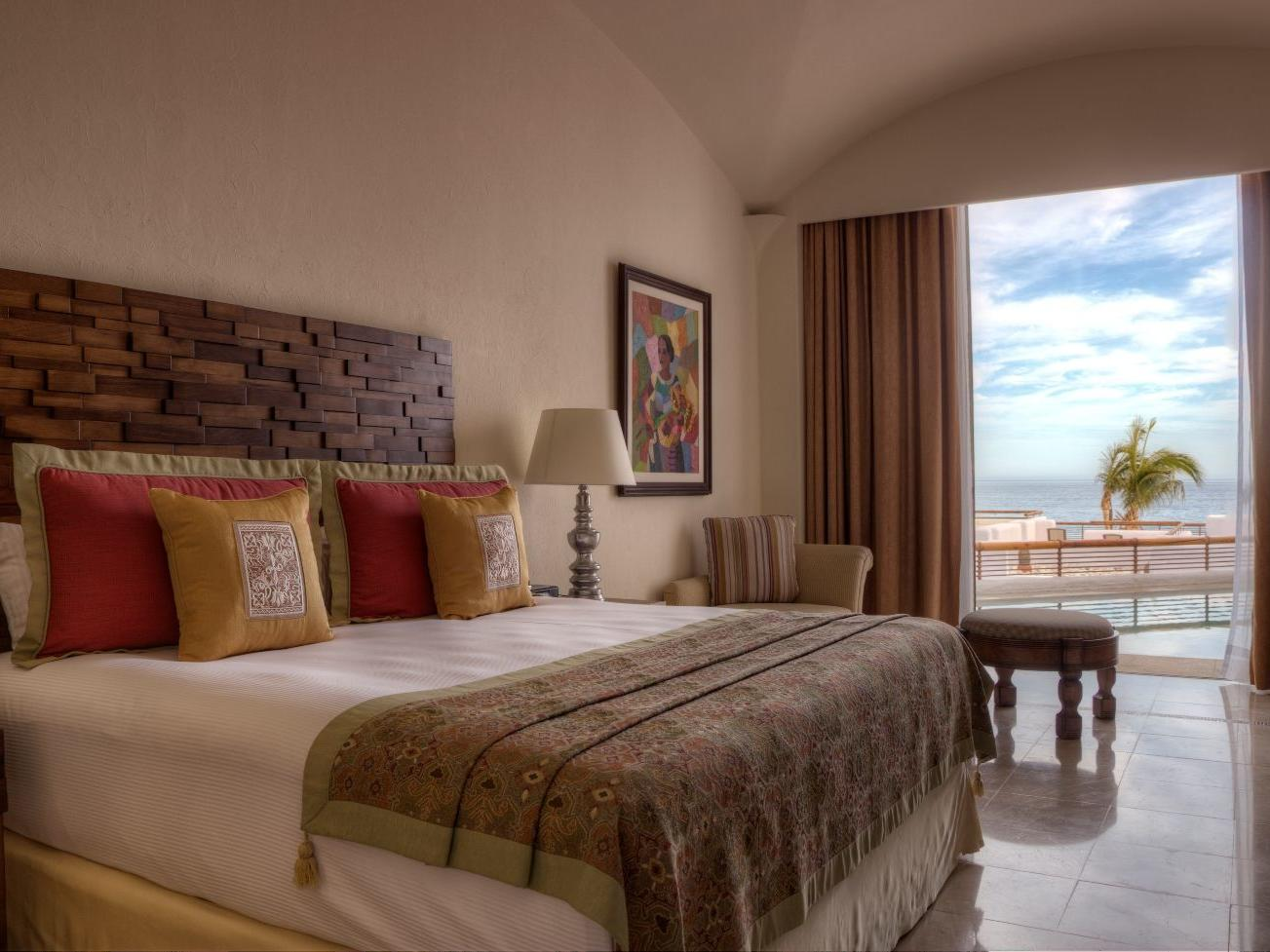 A large bed in a hotel room - Marquis Los Cabos