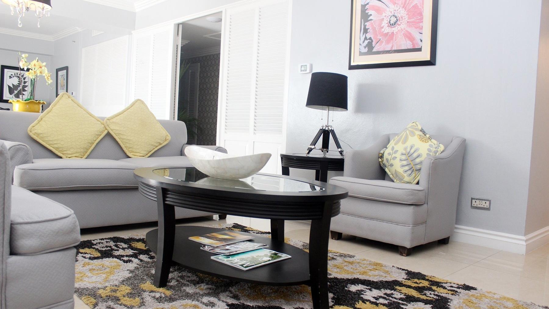 Liguanea Suite Living Room