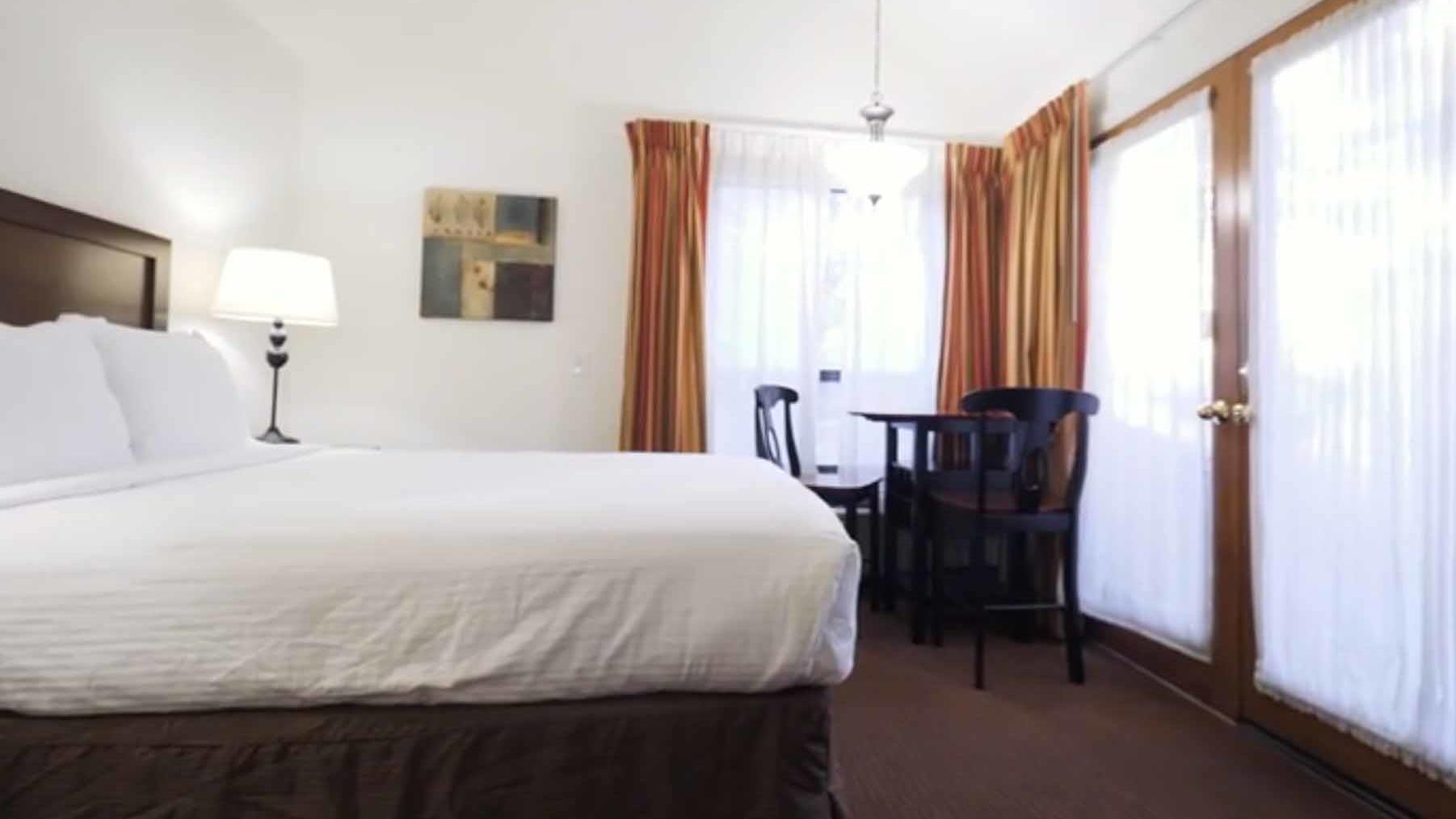 studio hotel room los abrigados resort spa sedona
