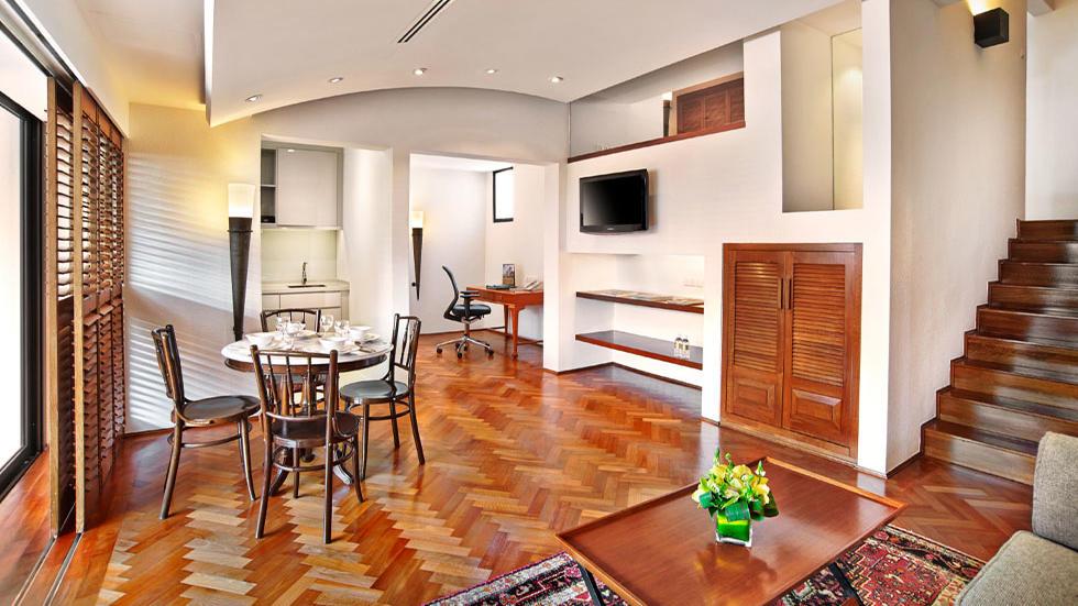 Parklane Split Level Suite Accommodation In Goodwood Park Hotel