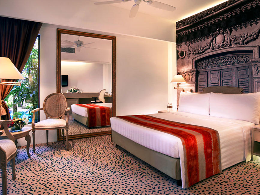 Deluxe Poolside Room - Goodwood Park Hotel