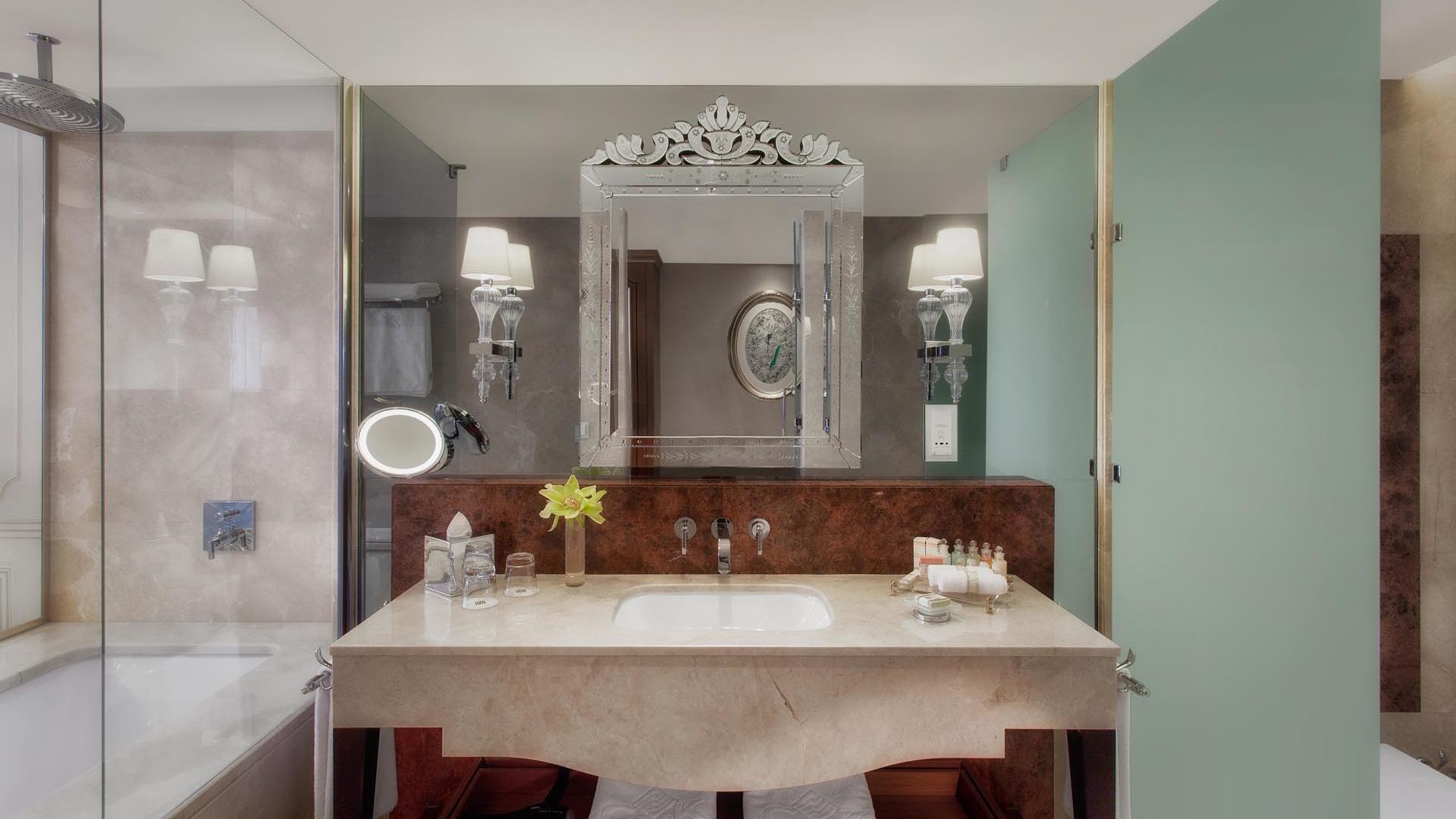 Superior Room mirror