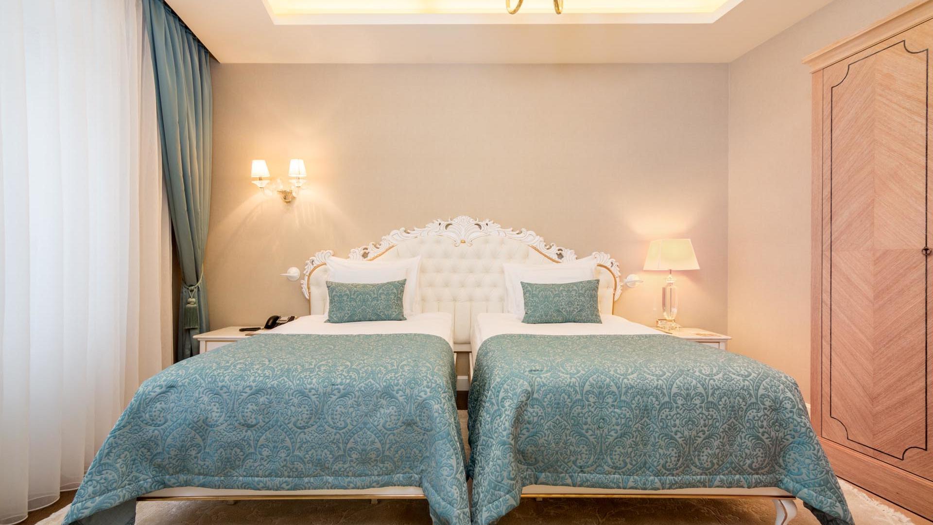 Luxury Suite beds