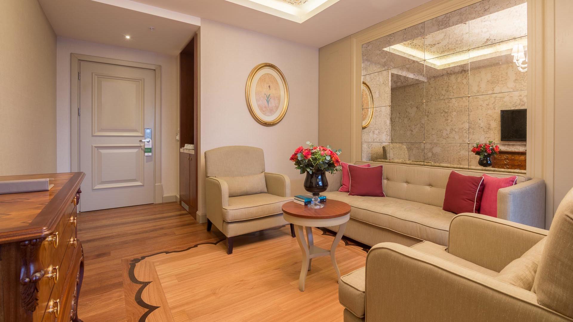 Luxury Suite sofa