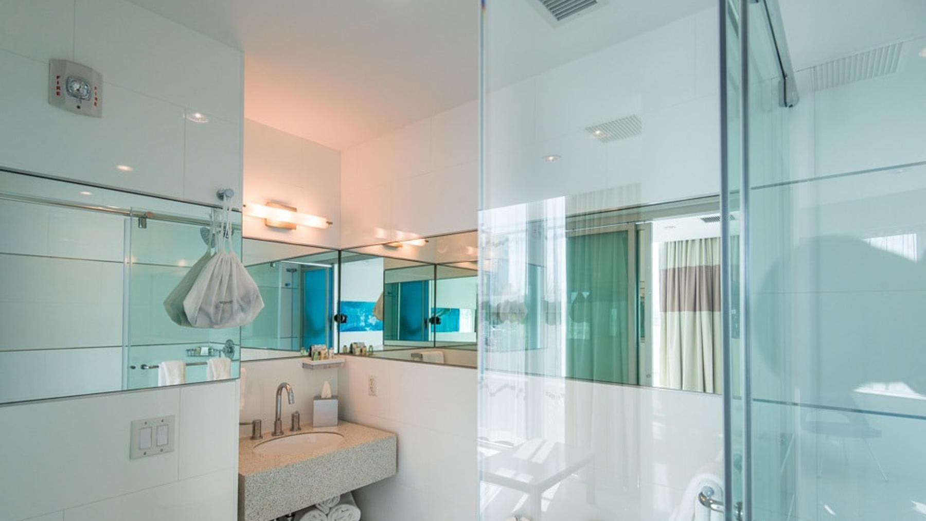 Accessible King Rockstar Suite with Roll-in Shower