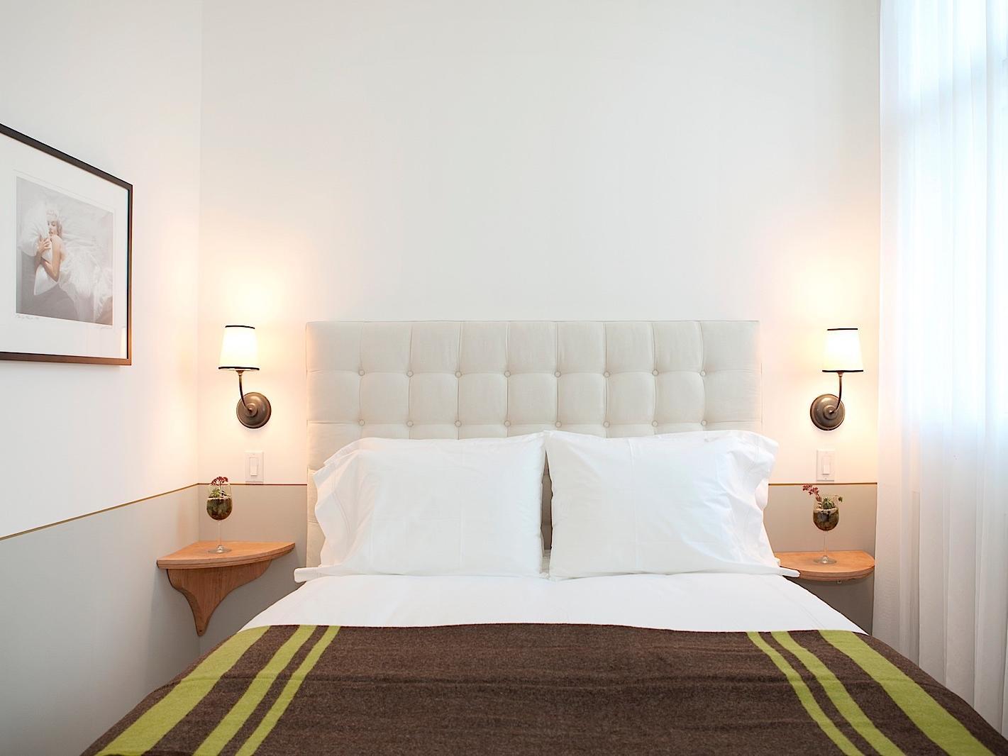 Queen Bed in Deluxe Queen Room