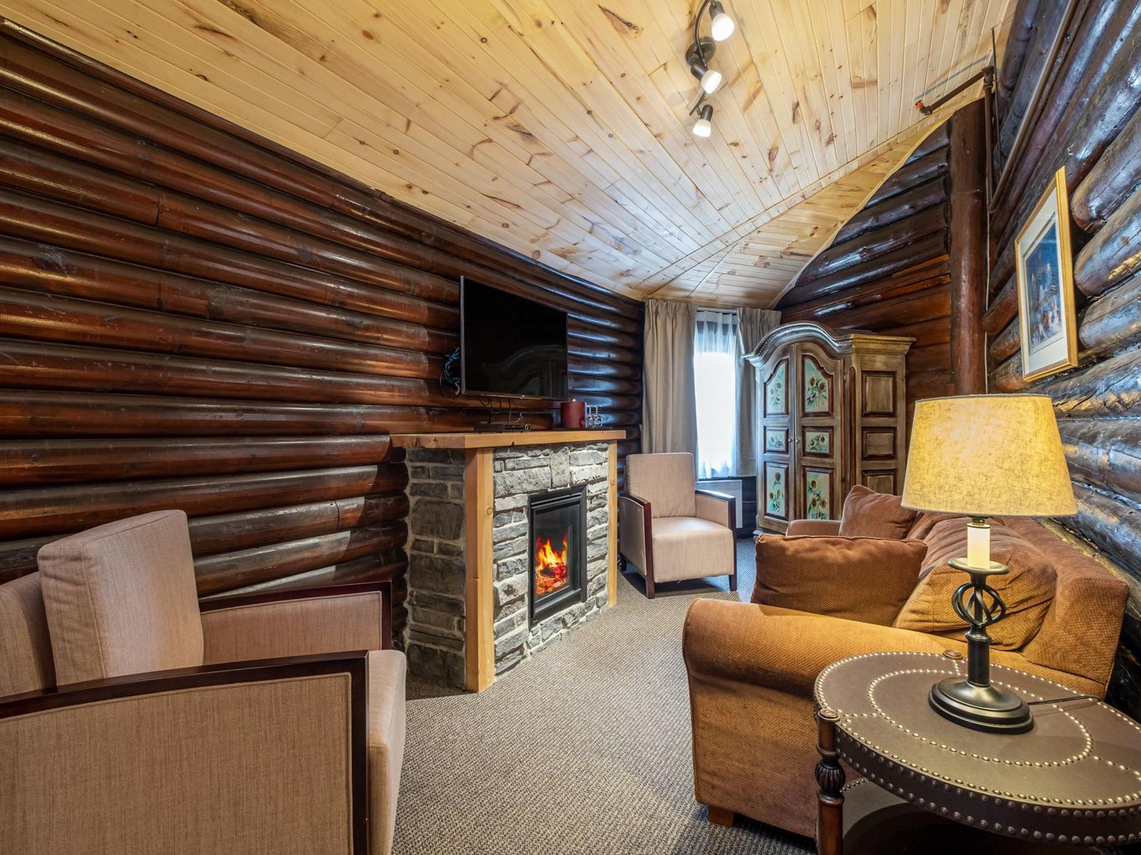 Rustic hotel suite in Montreal