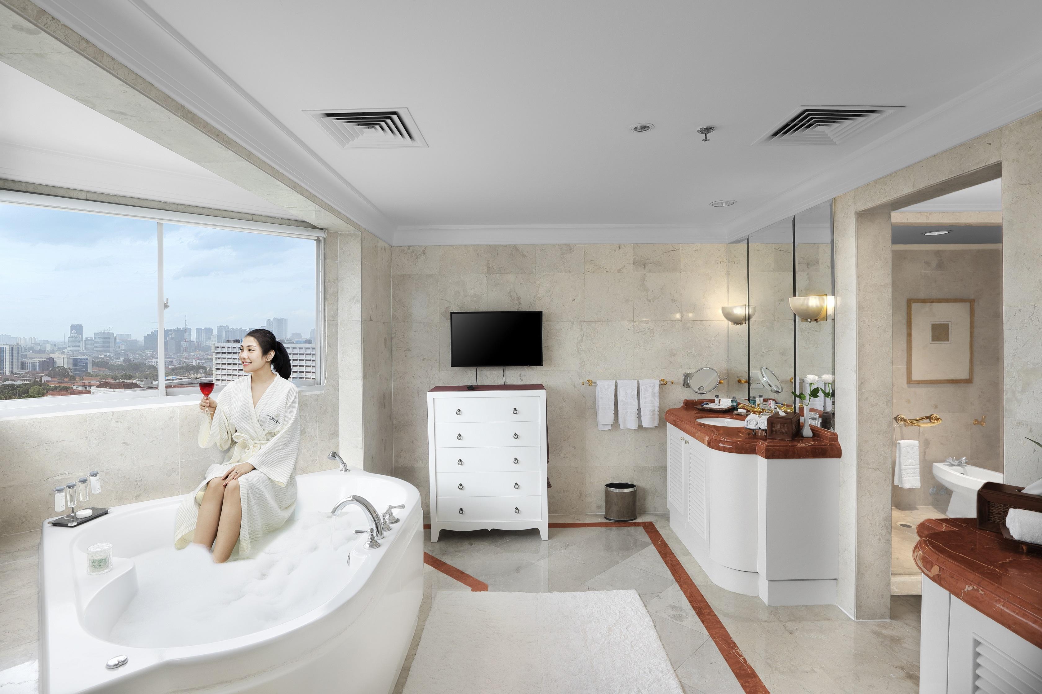 Luxury Jakarta Accommodation Presidential Suite Hotel Borobudur Jakarta