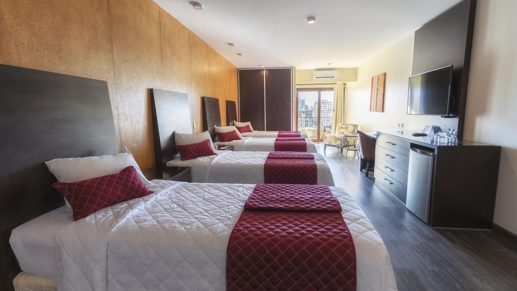 Quadruple Bed Room