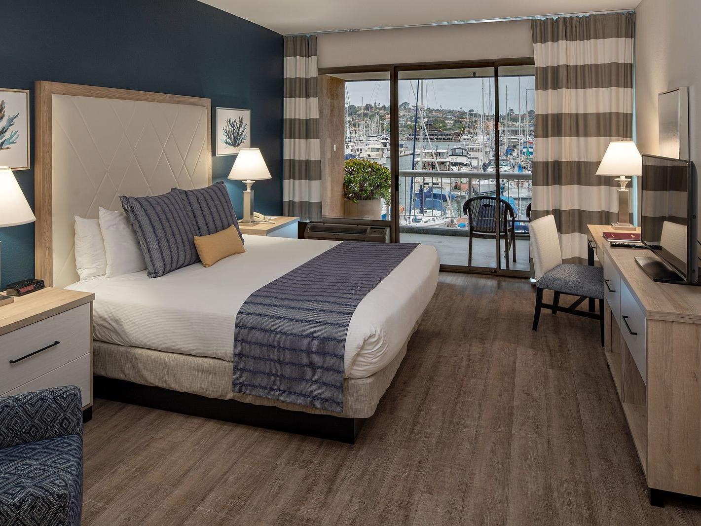 Ground Floor Marina View King bedroom at Bay Club Hotel