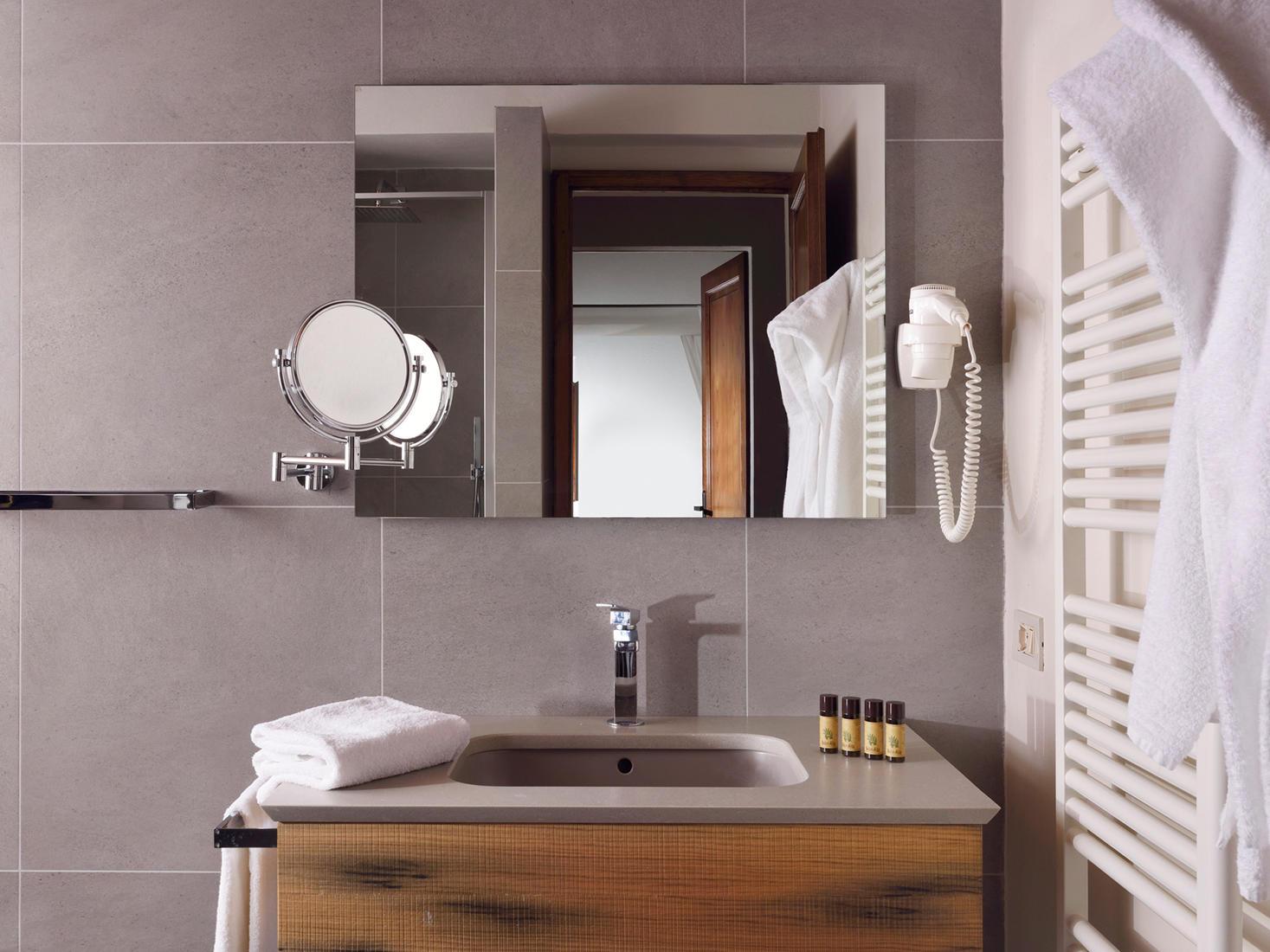 Bathroom | Relais Villa Grazianella