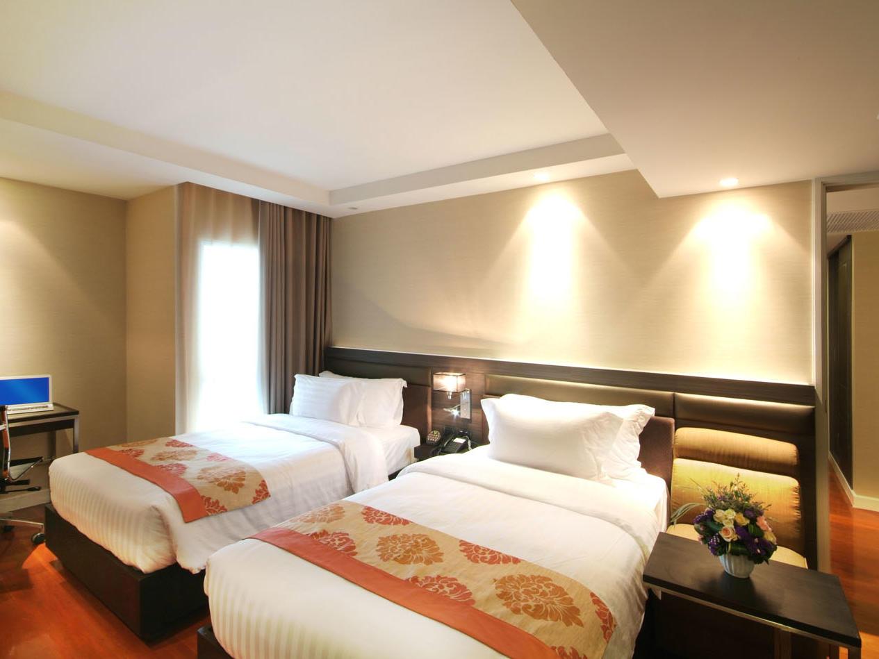 Neo Executive room at Amora Hotel