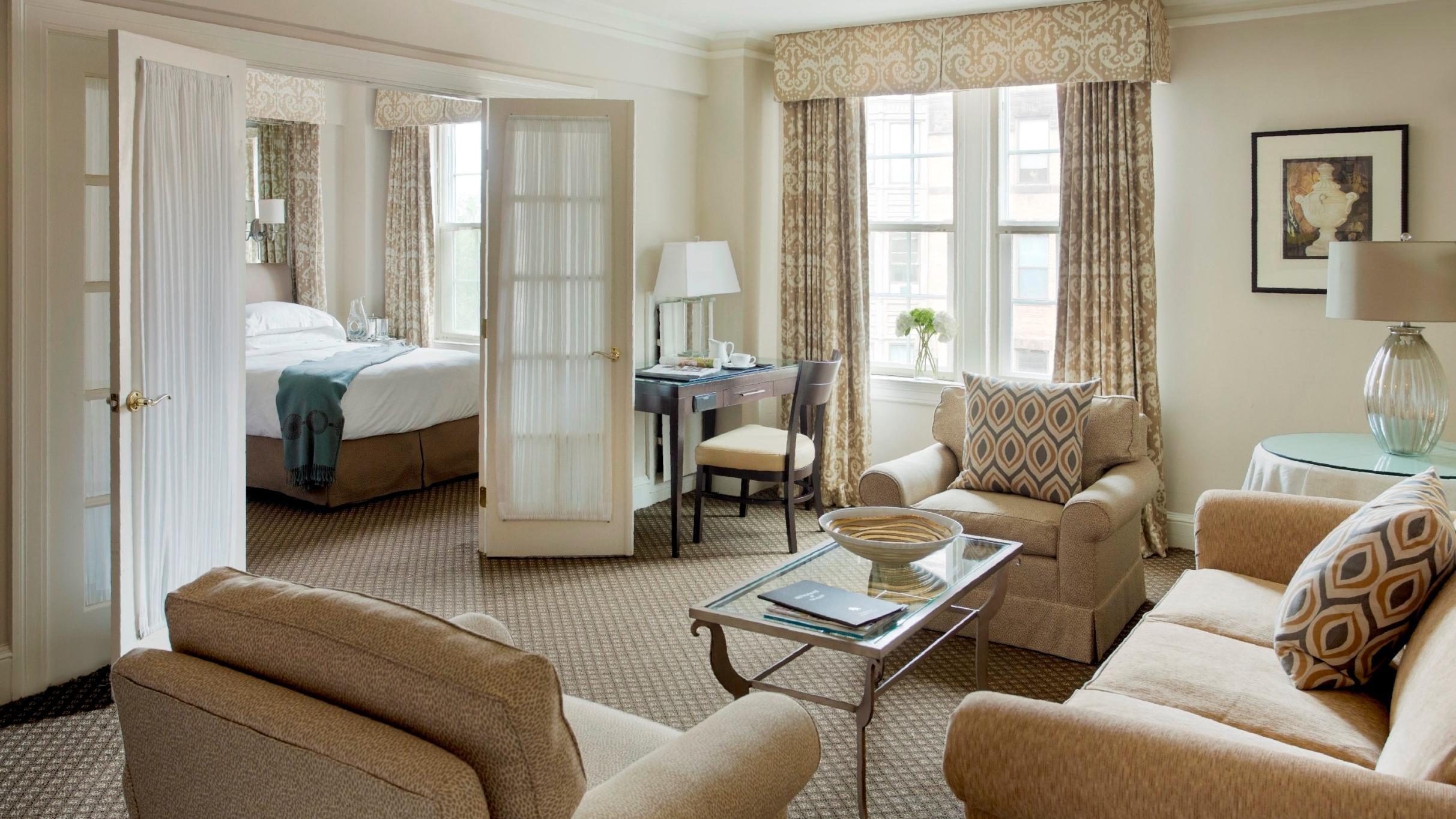 Eliot Hotel Suite