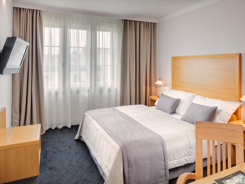 Standard Room at Hotel Clement Prague