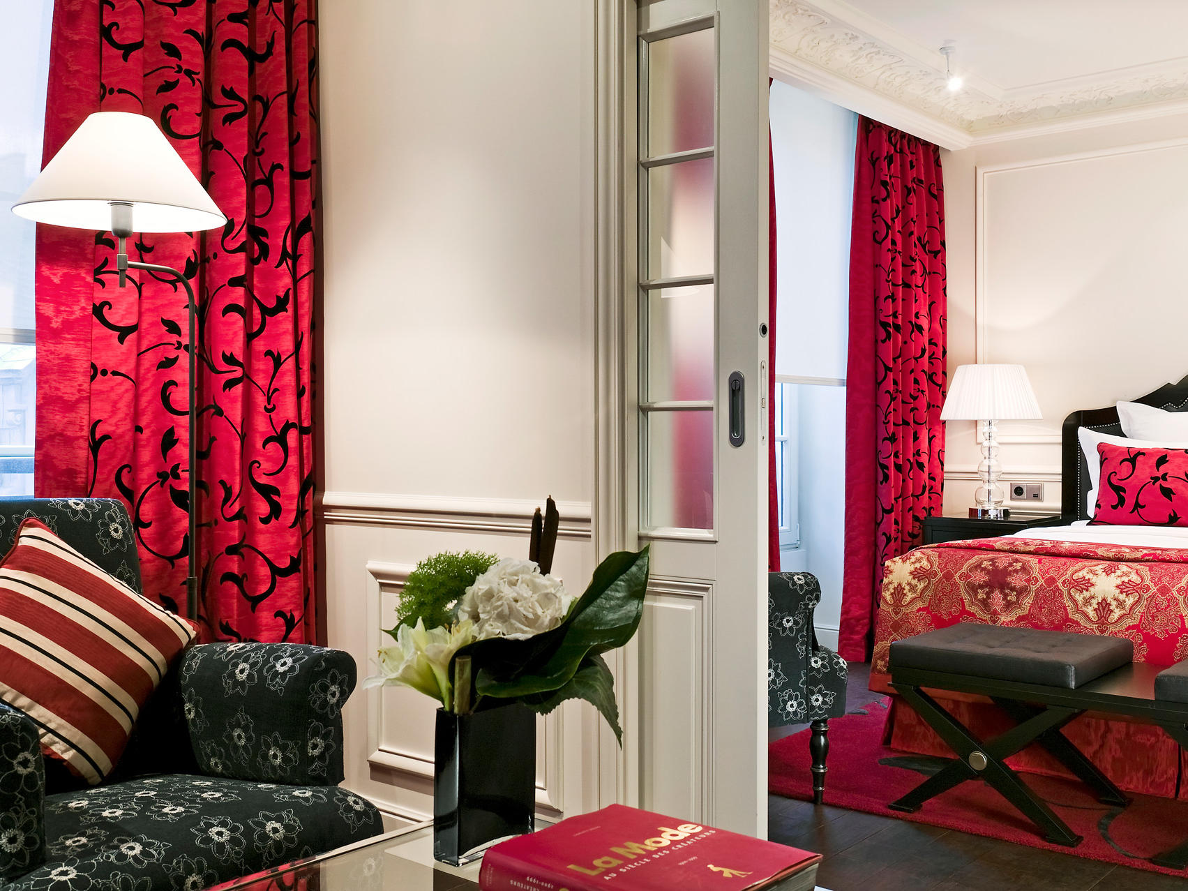 Traditional suite at Hotel Keppler Paris.