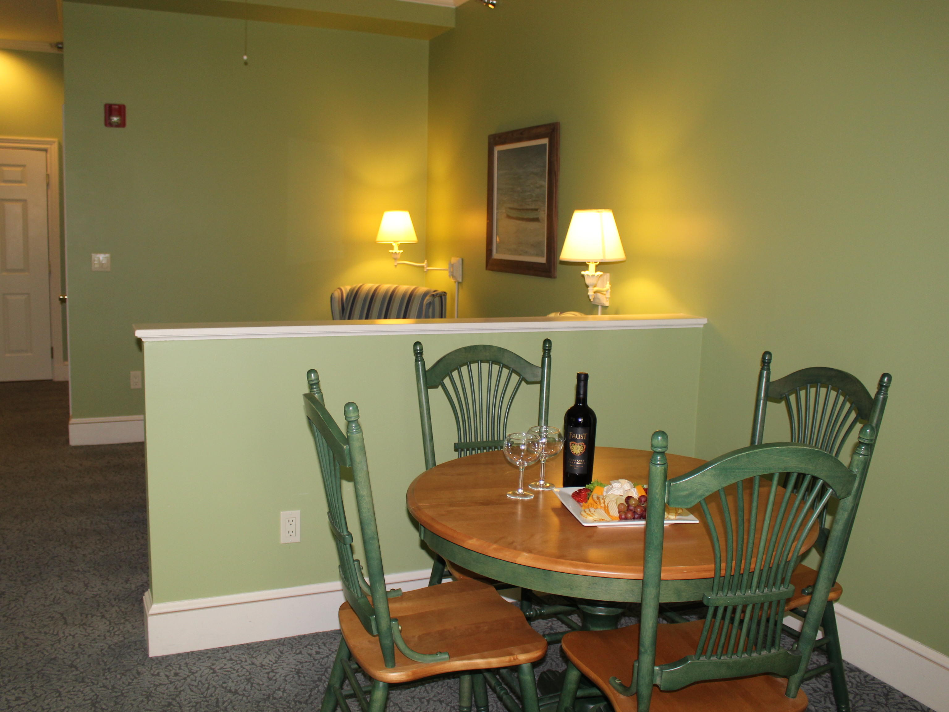 Summer House Social Suite