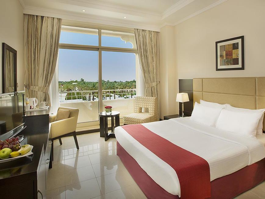 Deluxe King Room at City Seasons Al Ain