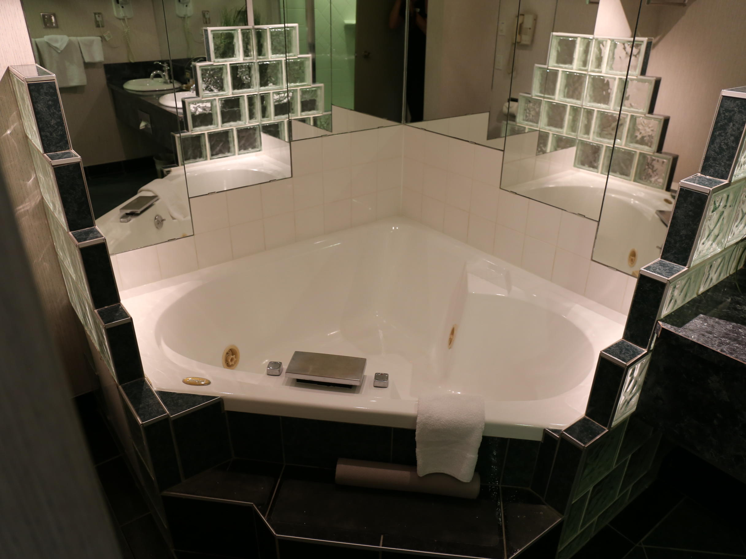 large hot tub in hotel room