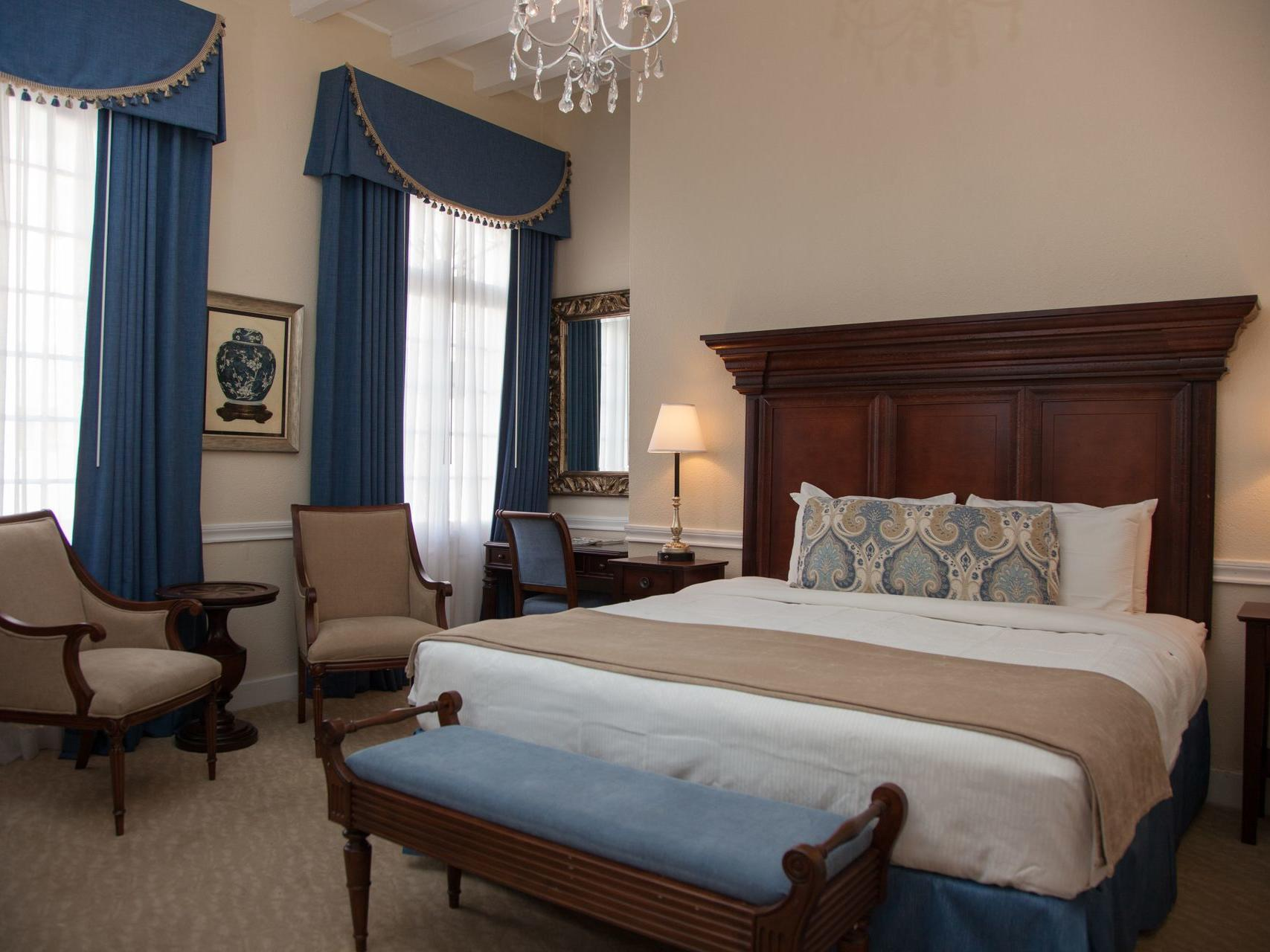 King Bed Suite with one bed at Hotel St. Pierre