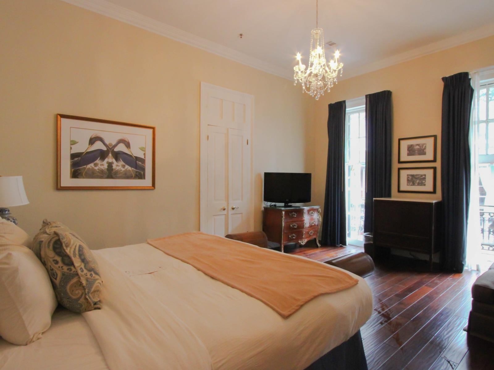 Historic King Room with one bed at Andrea Jackson Hotel