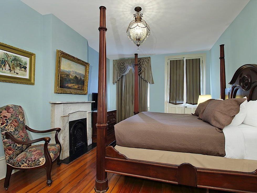 Lamothe House Antique Suite Interior