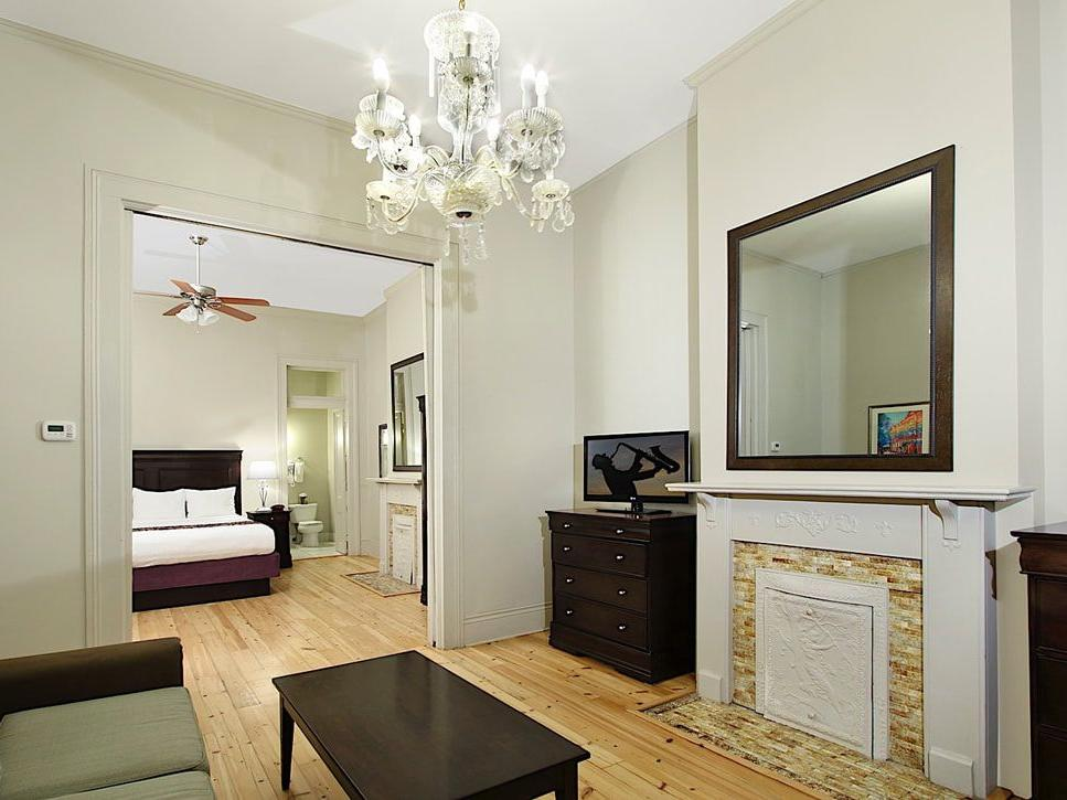 Lamothe House King Suite