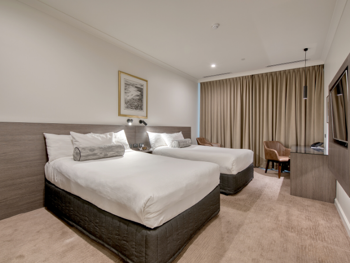 Deluxe Twin Room  in Duxton Hotel Perth